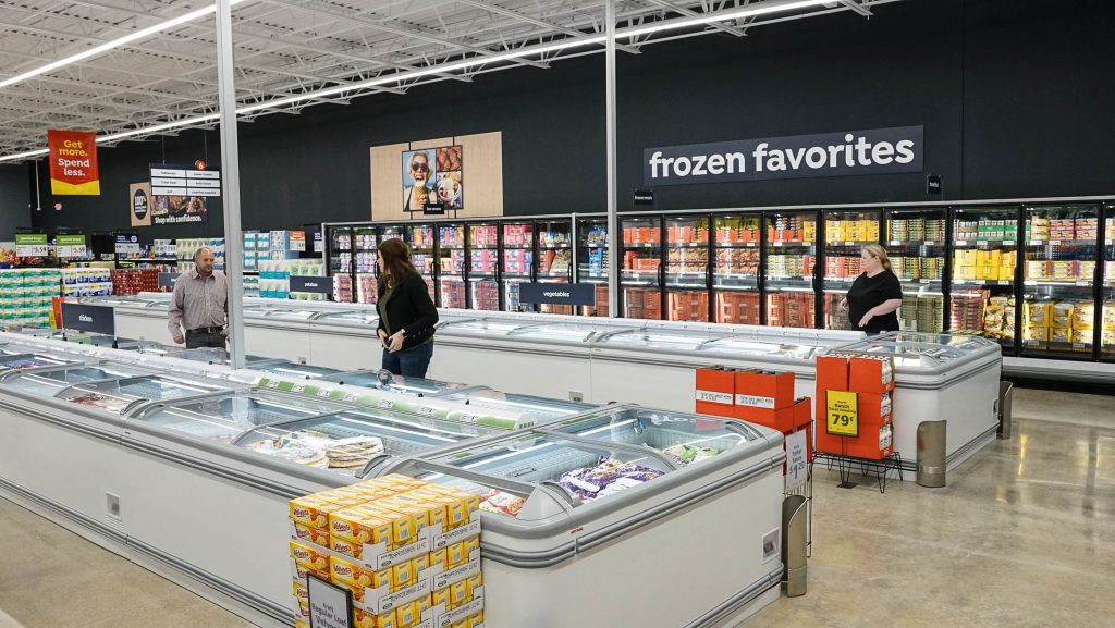 retail grocery business